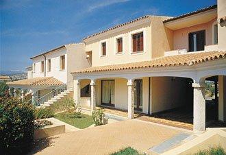 Case vacanze budoni appartamenti e ville in affitto for Alloggi budoni
